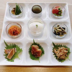 6月7日(日)、おいしいは元気の素。ご予約お待ちしております。