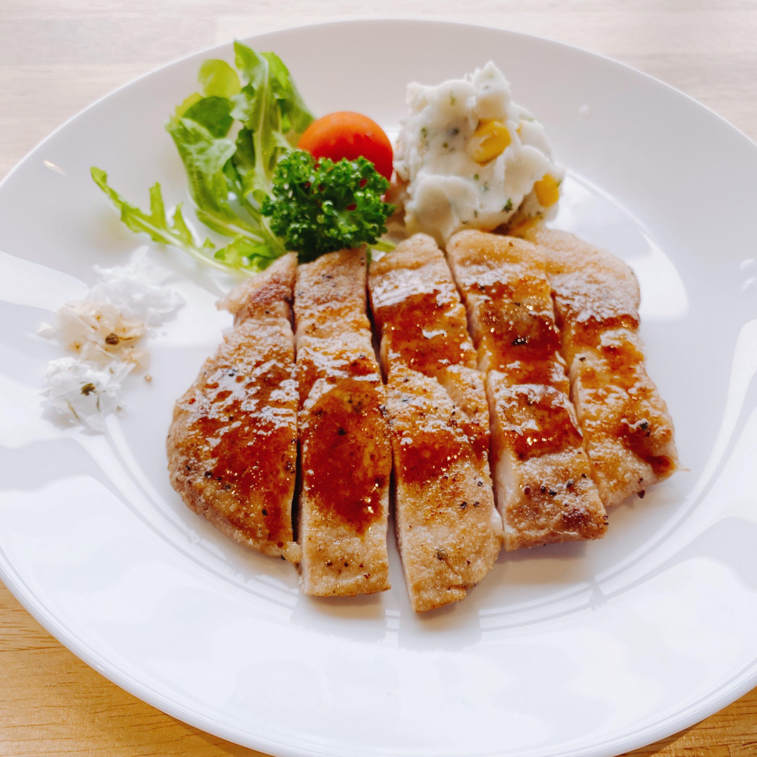 Tokyo X Pork Love Sauteing