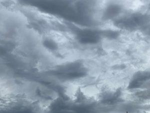 7月25日(土)、この雨、夕方には上がります